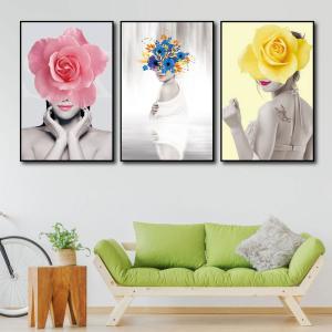 Tranh Treo Tường Bộ 3 Tấm Thiếu Nữ Và Hoa