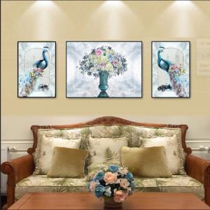 Tranh Treo Tường Đôi Chim Công Và Hoa Ngũ Sắc