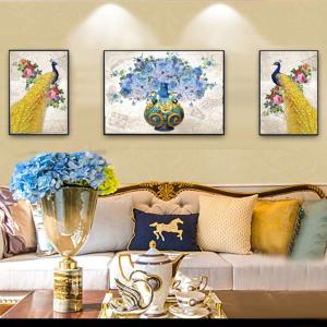 Tranh Treo Tường Đôi Chim Công Vàng Và Hoa Xanh