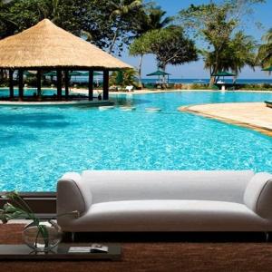 Tranh Dán Tường Khung Cảnh Hồ Bơi Resort